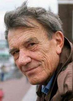 Hellmut Lange (* 19. Januar 1923 in Berlin; † 13. Januar 2011 ebenda)