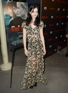 "Krysten Ritter Photos Photos - Actress Krysten Ritter attends the screening of LD Entertainment's ""Black Rock"" at ArcLight Hollywood on May 8, 2013 in Hollywood, California. - 'Black Rock' Screening in Hollywood 2"