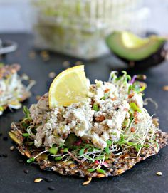 Wholehearted Eats | Flax Veggie Thins and the Easiest Vegan Pate | http://www.wholeheartedeats.com