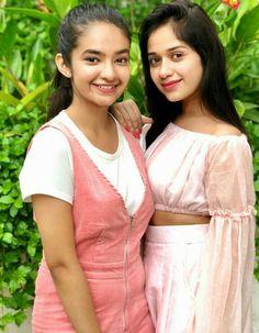 Cute Little Girl Dresses, Cute Little Girls, Girls Dresses, Beautiful Girl Indian, Beautiful Girl Image, Teen Celebrities, Celebs, Child Actresses, Cute Girl Photo