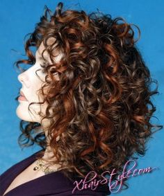 Choose Stylish Curly Haircuts | Curly hairstyles 2011 #02