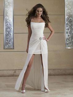 short-beach-white-wedding-dress-with-mermaid-hemline
