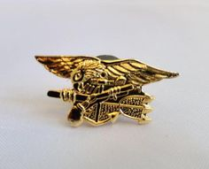 US Navy Seals Gold Tone Eagle Anchor Trident Lapel Pin