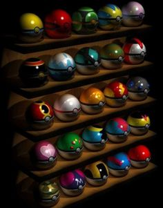 Here are all 25 pokeballs in the pokemon game series. All 25 Pokeballs Pokemon Mew, Pokemon Room, Pokemon Craft, Pokemon Eeveelutions, Pokemon Party, Pokemon Birthday, Pokemon Fan Art, Charizard, Cute Pokemon Wallpaper