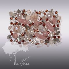 This unique piece of art is exclusively designed by ARTREE and assembled manually piece by piece in a limited edition. Natural stones, pearls, glass beans and cuted crystals creates unbelievably beautiful, glamour spidery tangle. Tangled, Natural Stones, Jewelry Collection, Beading, Art Pieces, Brooch, Glamour, Pearls, Crystals