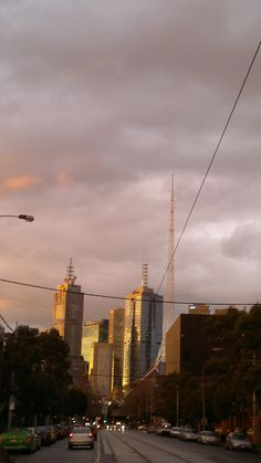 View of the CBD from Southbank at sunset, 17/08/2011.