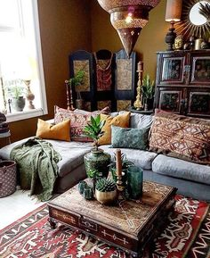 All kinds of love love love n' feels for this room's vibes. Ahhh dream living room! But I'd have more plants take over the furniture.
