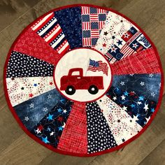 Table Runner And Placemats, Quilted Table Runners, Quilting Patterns, Quilting Projects, Patriotic Decorations, Table Decorations, Round Table Covers, Vintage Red Truck, Mug Rugs