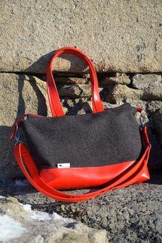 vlněná kabelka; crossbody bag