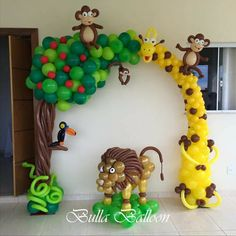 Safari themed birthday 🎁 party 🎉 balloon 🎈 decor and use for photo ops Jungle Theme Parties, Jungle Theme Birthday, Wild One Birthday Party, Safari Party, Baby Party, Balloon Arrangements, Balloon Decorations, Birthday Decorations, Easy Balloon Animals