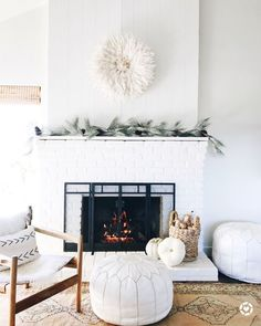 Living Room Decoration and Design Ideas - Ribbons & Stars My Living Room, Interior Design Living Room, Living Room Designs, Living Room Decor, Interior Livingroom, Cozy Living, Living Area, Style At Home, White Fireplace