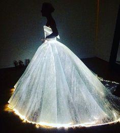 #metgala #2016 #dress #blue #beautiful #beauty #fashion #metgala2016 #clairedanes #zacposen #amazing