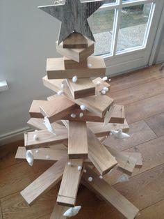 wooden christmas tree by Binnen