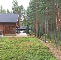 Kunttapiha, suunnittelu Sari Ojala Oy, 2017. Garden Design, Cabin, House Styles, Outdoor, Home Decor, Outdoors, Decoration Home, Room Decor, Cabins