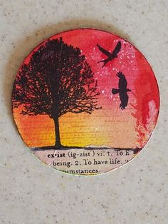 Artist trading coin: I used distress inks for the background, stamps for the tree and birds, and washi tape. Atc Cards, Card Tags, Journal Cards, Art Trading Cards, Coin Art, Circle Art, Craft Club, Pocket Letters, Small Art