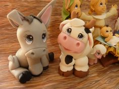 Bilderesultat for porcelana fria Polymer Clay Ornaments, Polymer Clay Figures, Polymer Clay Animals, Polymer Clay Projects, Polymer Clay Art, Diy Clay, Fondant Figures, Fondant Animals, Christmas Clay