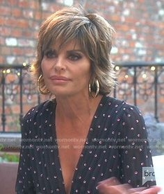 Lisa's black printed jumpsuit on The Real Housewives of Beverly Hills - Blackpinto Edgy Short Hair, Short Hair Cuts, Short Hair Styles, Shag Hairstyles, Haircuts, Lisa Rinna, Housewives Of Beverly Hills, Printed Jumpsuit, Real Housewives
