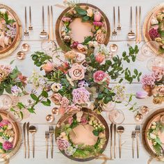 We're feeling warm fuzzies for this rosy #tablescape by #casadeperrin featuring floral by #megan_gray. | Casa De Perrin | WedLuxe Magazine | #WedLuxe #Wedding #luxury #weddinginspiration #luxurywedding #floraltablescape