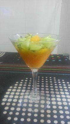 Sorbet de mango amb dauets de kiwi