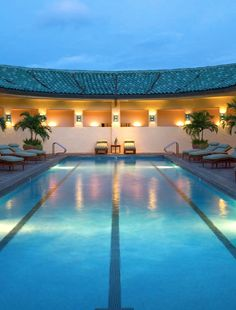 grand hyatt spa lap pool - needs some dive blocks and you are good to go!
