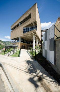 Galería de Colegio Camilo Mora Carrasquilla / FP arquitectura + Mauricio Montoya - 12