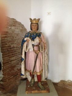 A statue of San Luis Ray de Francia in the Museum at the Mission San Luis Ray de Francia in Oceanside, California.  (Whitaker, 2014).