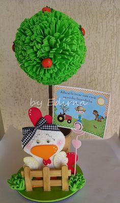 ♥ Ateliê by Edirna ♥: Centro de mesa fazendinha (vaquinha, galinha ,cavalinho ,pintinho e ovelinha )