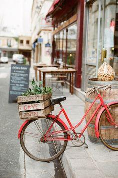 Une bicyclette hésitante, elle monte ou pas? umla : Photo.