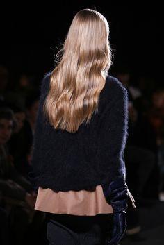 Rochas Fall 2014 RTW - Details - Fashion Week - Runway, Fashion Shows and Collections - Vogue Hair Inspo, Hair Inspiration, Dream Hair, Shiny Hair, Hair Day, Pretty Hairstyles, Healthy Hair, Hair Trends, Hair Goals