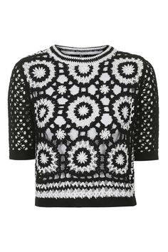 Love this awesome monochrome crochet top from Topshop, if only we could find a pattern to recreate! *Gets designing* Pull Crochet, Crochet Shirt, Crochet Cardigan, Love Crochet, Crochet Granny, Beautiful Crochet, Crochet Stitches, Knit Crochet, Crochet Tops