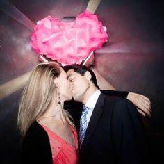 ♥♥ The Wedding Fashion Night ♥♥ ♥ Visita www.wfnclub.com ♥ #wfn #exoticglam #bodas #weddings - Photo booth del amor de @Seltona #thegrokstore - @Patricia de Andres