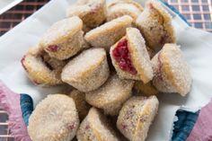 Pane senza impasto o no knead bread Nutella Biscuits, No Knead Bread, Biscotti, Fett, Donuts, French Toast, Muffin, Finger Food, Cream