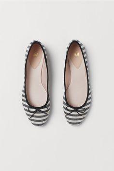423fdf320 Ballet Flats - Black/white striped - Ladies   H&M US 1 Black Ballet Flats
