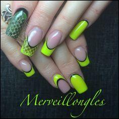 Serpent gel uv fluo jaune faux ongles