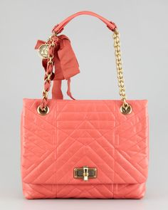 http://harrislove.com/lanvin-happy-medium-shoulder-bag-pink-p-207.html