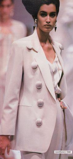 Yasmeen Ghauri Gianfranco Ferre' Runway Show Ready to Wear Spring-Summer 1991