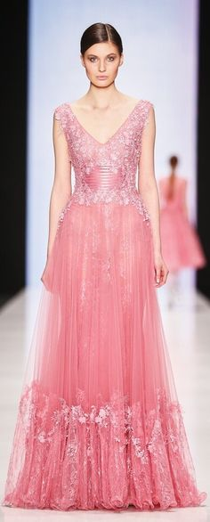 Tony Ward Couture, fall 2015 Ready-to-Wear jαɢlαdy - Pretty, Pretty Pink ~ Beautiful Evening Gowns, Beautiful Dresses, Evening Dresses, Gorgeous Dress, Marchesa, Elie Saab, Glamour, Pink Dress, Dress Up