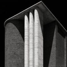 dromik:  Angiolo Mazzoni — Ostia's Post OffIce. Photo by Gianni Galassi.