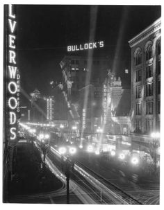 Premier of City Lights at the Los Angeles Theatre on Broadway, 1931.