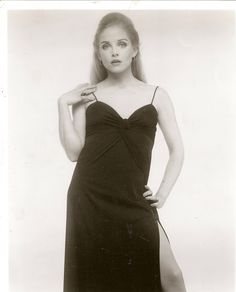 Sue Lyon Sue Lyon, Claudia Cardinale, Jayne Mansfield, Classic Actresses, Brigitte Bardot, Marilyn Monroe, Beauty, Dresses, Fashion