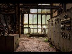 Fotógrafo capta ruínas decadentes da Europa em fotos assombrosas 03