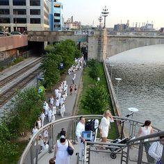 Diner en Blanc Philadelphia announces date- August 21, 2014