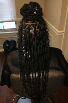 Women enjoy wearing box braids because these braids not only allow them to extend the length of their hair, but they can also wear different hairstyles with box braids. Black Girl Braids, Braids For Black Hair, Girls Braids, Box Braids Hairstyles, My Hairstyle, Protective Hairstyles, Afro Punk, Black Girls Hairstyles, African Hairstyles