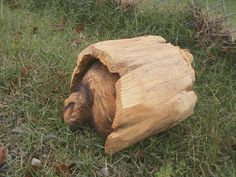 Cute Log Bear Chainsaw Vyrezávané plastiky ze dřeva