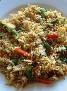 Low FODMAP Recipe and Gluten Free Recipe - Stir-fried chicken with brown rice  http://www.ibssano.com/low_fodmap_recipe_stir_fried_chicken_brown_rice.html
