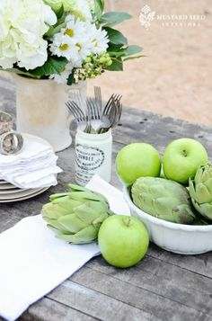 I just love how beautiful artichokes are! Lovely green color...stunning picture by Miss Mustard Sees.