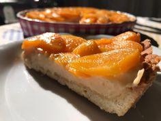 Tartaleta de Melocotón! Aunque la tartaleta de fresas es mi favorita, esta tartaleta de melocotón resulta perfecta para preparar en cualquier momento ya que se hace con melocotones en almíbar que podemos encontrar en el supermercado en cualquier época del año.