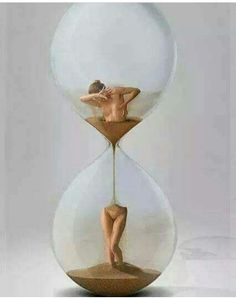 Sanduhr / Hourglass by Ingendahl. Street Art, Surreal Art, Hourglass, Art Inspo, Collage Art, Amazing Art, Photo Art, Fantasy Art, Cool Art