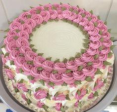 Bolos Lindos (Cakes) 3