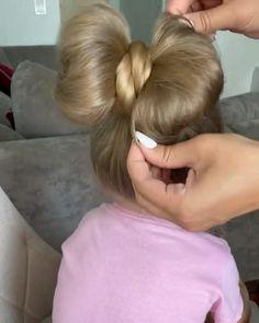 Easy Toddler Hairstyles, Easy Little Girl Hairstyles, Baby Girl Hairstyles, Easy Hairstyles For Long Hair, Cute Hairstyles For Toddlers, Bow Hairstyles, Super Easy Hairstyles, Girl Hair Dos, Hairdo For Long Hair